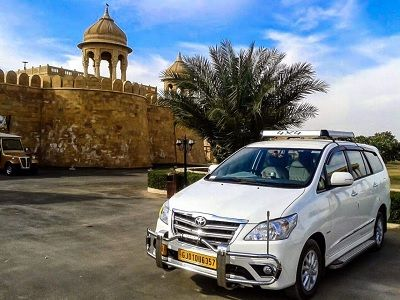 Ahmedabad Innova taxi
