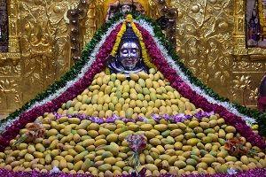 Somnath temple Shiva statue