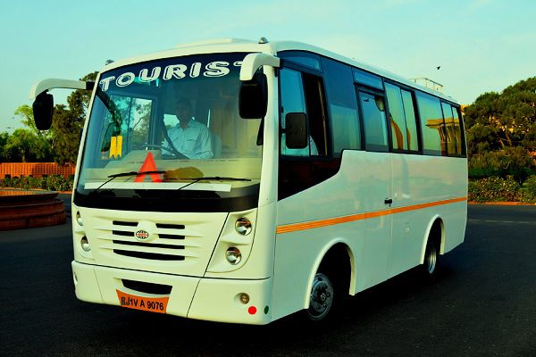 20 seater bus outer view