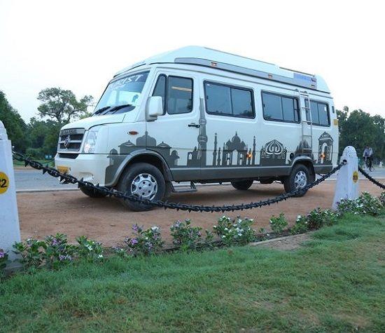 Maharaja Tempo Traveller image 5