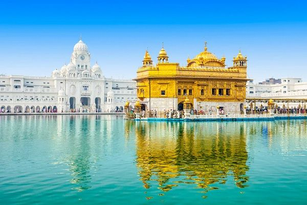 Golden Temple in Amritsar PB